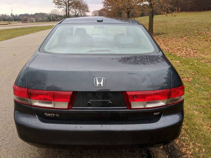 2004 Honda Accord - EX 4dr Sedan w/Leather Véhicules 3