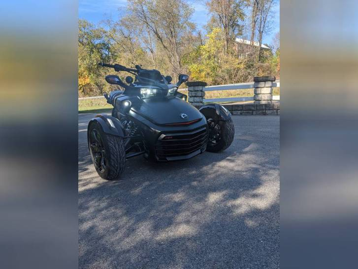 2016 Can-Am SPYDER F3-S SPECIAL SERIES Véhicules 3
