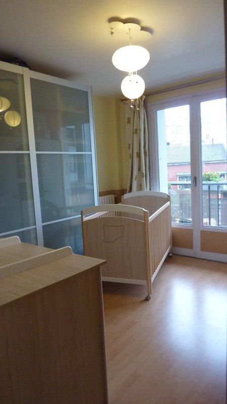 Appartement de 3 pièces de 59 m² dans petite copropriété des années 1970 sécurisée (interphone, digicodes, porte blindée…)  Immobilier 4