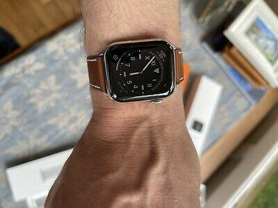 Apple watch connecté serie5 ,40mm Vêtements & Accessoires
