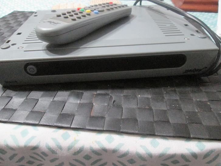 DECODEUR NUMERIQUE HD TV & Audio 2