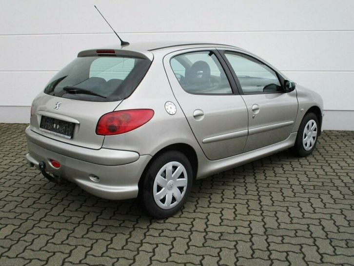 Peugeot 206 1.4 HDI   CT OK Véhicules 2