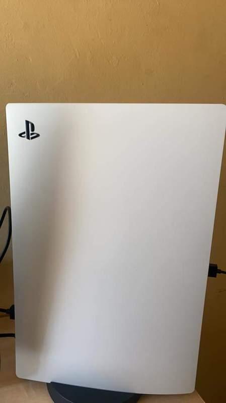 PlayStation 5 avec le lecteur DVD Autres 2