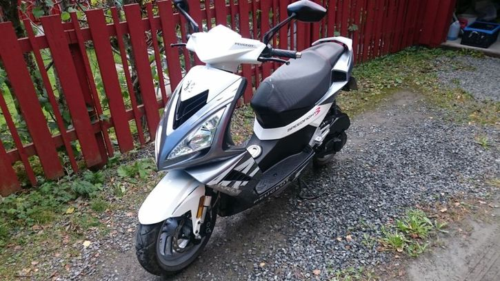 Scooter  Peugeot Speedfight 3 Véhicules