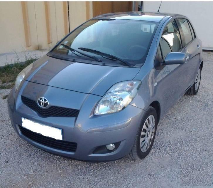 Toyota Yaris-II 5portes 100 VVT-I, Année: 2009 Véhicules 3