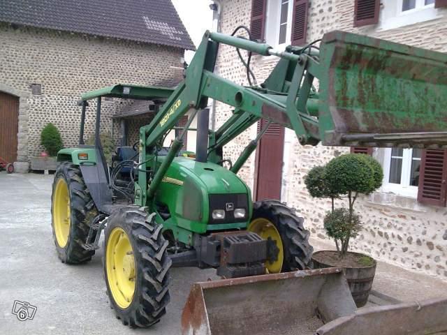 Tracteur john deere 3200 Véhicules