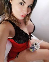Julie belle escorte disponible sur Dax