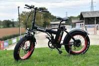 Vélo électrique de plage,pliant de marque FAT BIKE. 35km/h. 80kms ful options